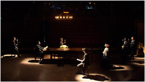 上海话剧艺术中心《谋杀正在直播》
